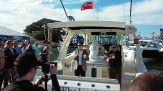 Boston Whaler MIBS